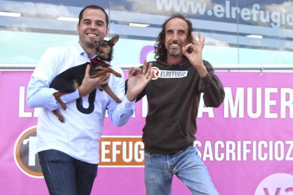 El Refugio consigue el compromiso de todos los candidatos para acabar con el sacrificio de animales abandonados en la Comunidad de Madrid.